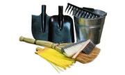 Хозяйственный инвентарь (лопаты, веники, метлы, ведра, грабли, вилы и др)